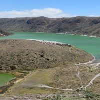 How to get to the Laguna Verde in the volcan Azufral ?
