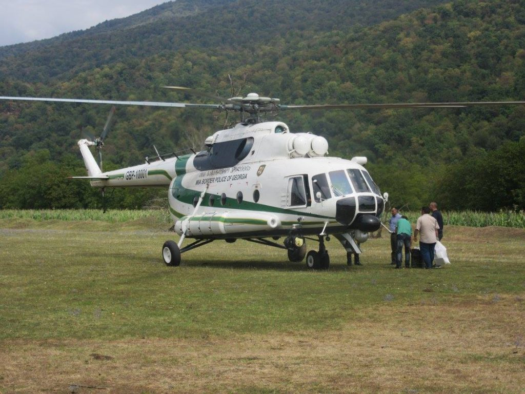 The helicopter I hitchhiked