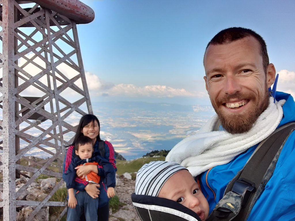 The Nomad Family hiking the Jura mountains